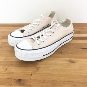 Converse CTAS Lift Platform Shoes size 6